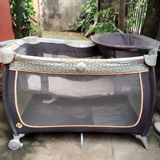 Safety 1st crib