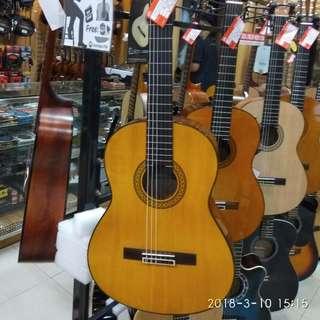 Yamaha E/Classic Guitar + Bag C-390 Bunga 0% dp 0% Cukup Admin 199.000