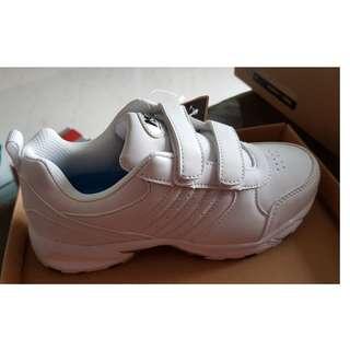 North Star - Brand New White School Shoe - Size 2