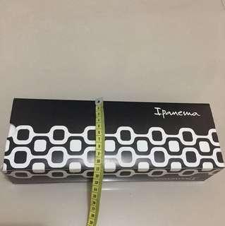 Ipanema paperbox