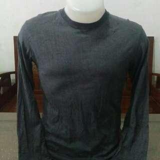 T-Shirt Uniqlo (Grey)