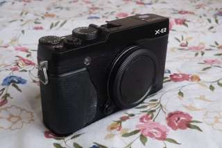 Fujifilm X-E2 camera body with accessories $360