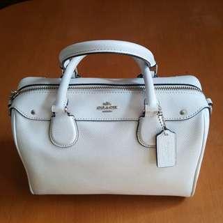 Coach Handbag 90% New