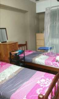 From house owner, Sembawang BLK 468C 4+1 whole flat Rent, Middle Floor, walk from MRT Station 5-7 mins