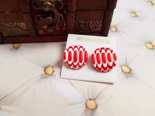 🆕️Vintage/Retro White & Red Striped Stud Earrings