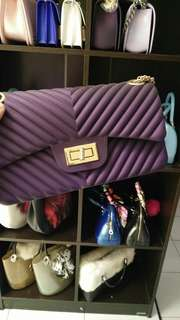 Chanel jelly size 22