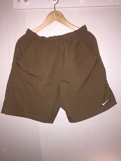 Men's Choc brown dri-fit shorts size S