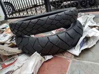CRF1000L Dunlop Trailmax D610F tyres