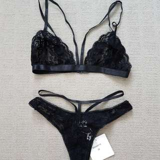 Black lace strappy lingerie xs
