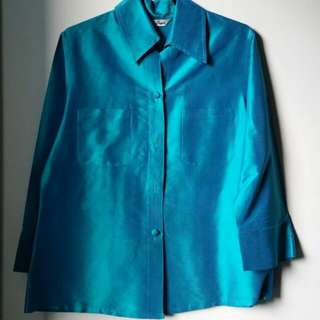 Beautiful Shiny Thai Silk Blouse In Turquoise/Peacock(?) Blue