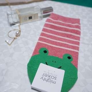日本福袋 蛙蛙橫條紋短襪