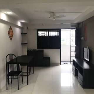Ghim Moh 3 room flat high floor renovated furnished immediately available