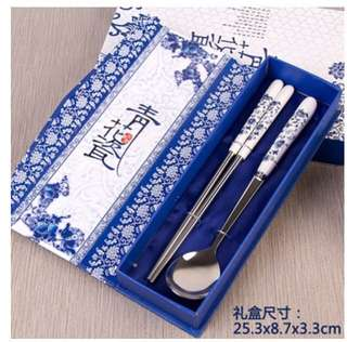 Brand new China chopsticks and spoon Cutlery Set