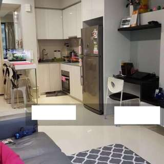 The Luxurie, 1 bedroom for rent, whole unit / apartment in condo right opposite to MRT, 1 min walk