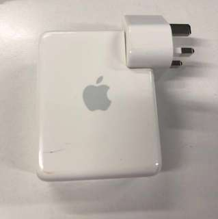 Apple Airport Express (2nd Generation) - read description