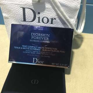 Authentic Brand new Dior Diorskin Forever Extreme Control Perfect Matte Powder Makeup Extreme Wear Pore-Refining Effect Control Compact Foundation in 011 Cream