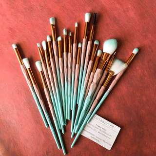 20 pieces Makeup Brushes