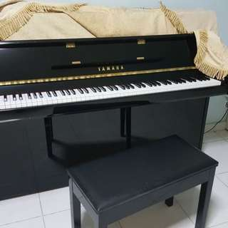 Piano 5yrs - seldom use. Looks brand new.