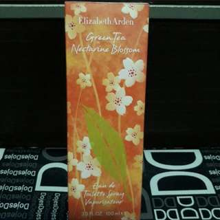 Elizabeth Arden EDT perfume