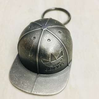 Adidas Originals Retro Cap Keychain