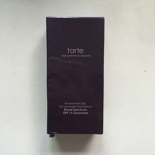 Tarte Foundation Amazonian Clay in Light-Medium Neutral