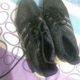 Shoee
