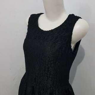 Mineola dress black