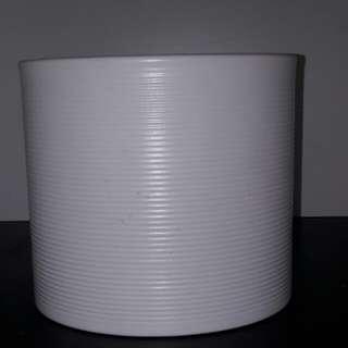 Brand New Ceramic Round Flower Pot