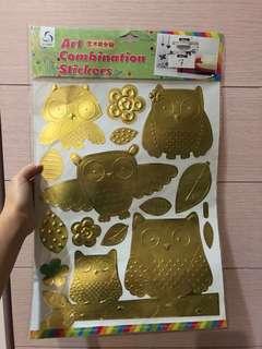 sticker dinding burung hantu emas