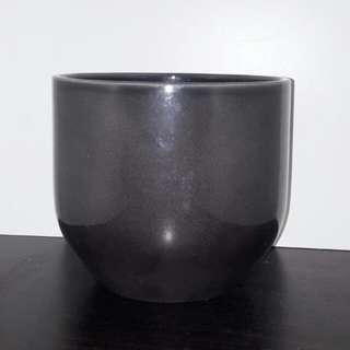 Ceramic Round Dark Grey Flower Pot