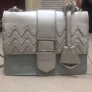Charles&keith chevron bag