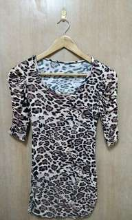 Leopard Print Top (stretchable)