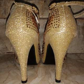 Gold Glitters High Heels (4 inches)