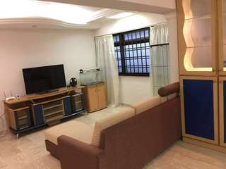 HDB sembawang high floor 4-room