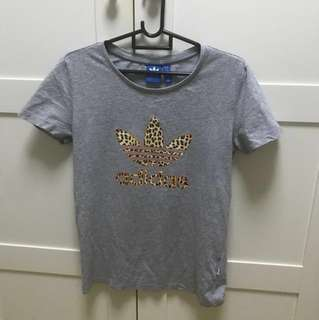 Authentic Adidas Lady Grey Top