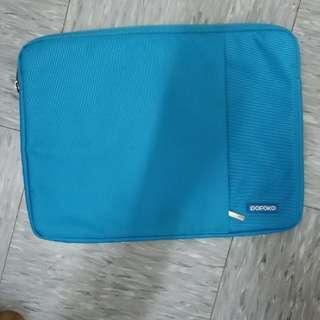 "新淨 15"" notebook袋 Pofoko 藍色$30"