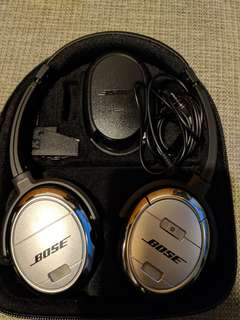 Bose QuietComfort 3 Acoustic Noise Canceling Headphones