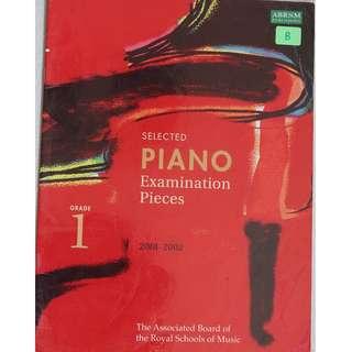 Music book :  Piano Exam Pieces 2001 - 2002 ( Grade 1 )