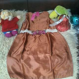 Dress anak bahan silk discount 50 persen