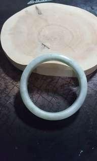 天然玉石鈪,內徑56,有石紋,特價$180