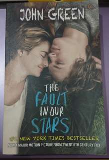 Novel THE FAULT IN OUR STARS by John Green