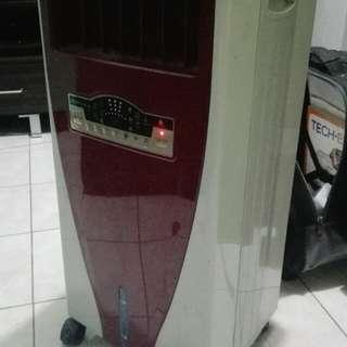 Air cooler fan nlng gumagana wla nring remote po.. nego