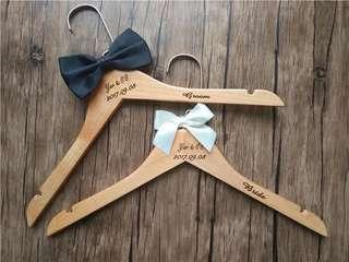 木製Groom & Bride 衣架