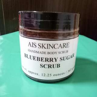 BlueBerry Sugar Scrub !