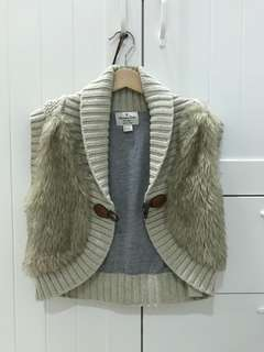 Never been used Massimo dutti fur vest light brown