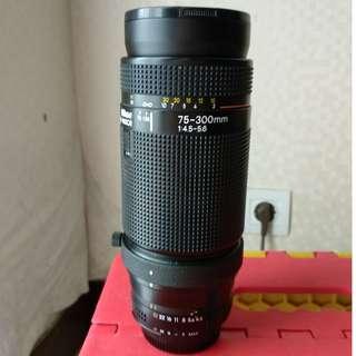 Nikon 75-300mm f/4 vintag lens