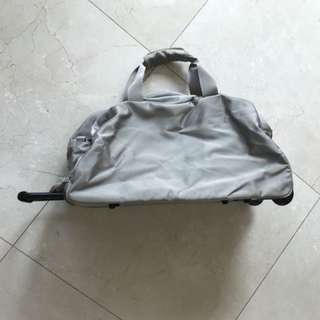 手提拉喼旅行袋 Hand pull travel bag