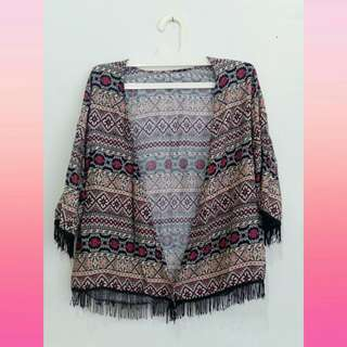Outer tribal ungu