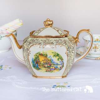 Lovely vintage Sadler cube teapot, crinoline lady in the garden, pastel green and chintz