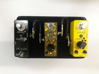 3 pedal &  mini pedalboard